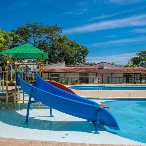 El-laguito-piscina-3.jpg