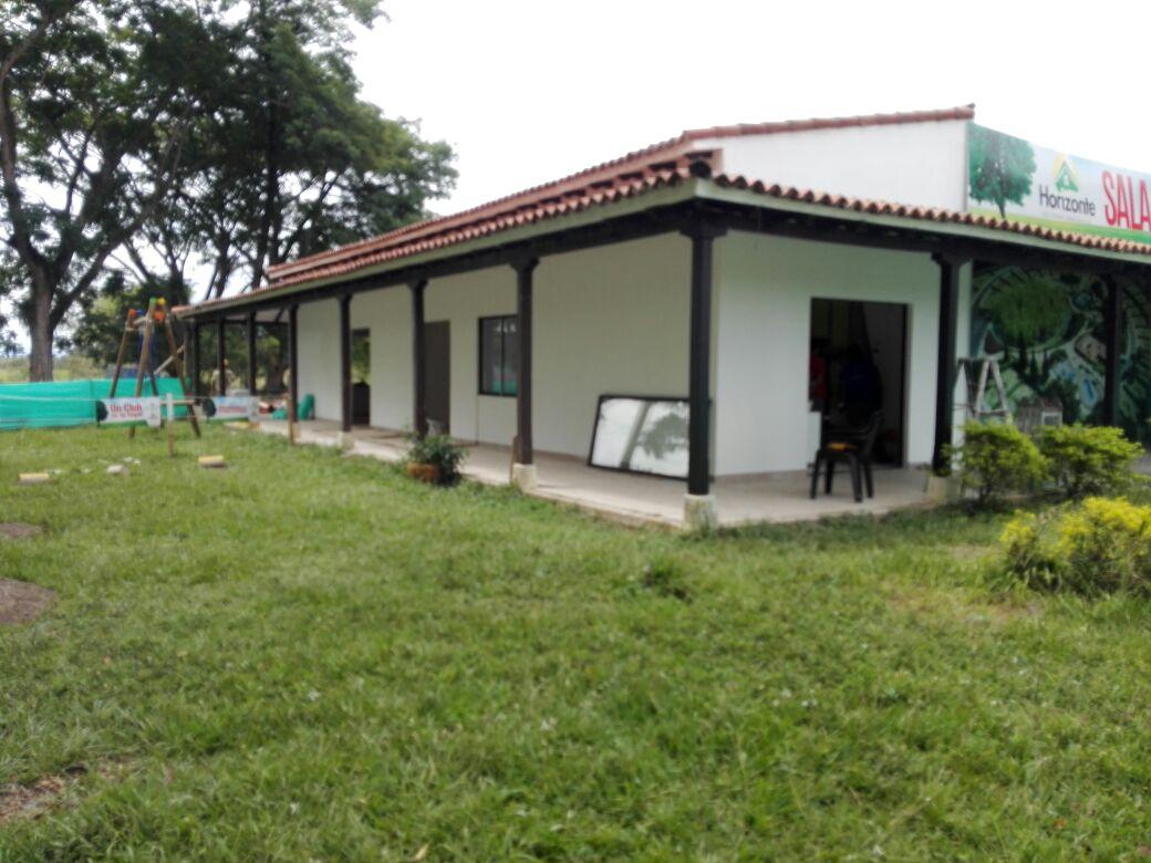 Lateral Salón social - restaurado