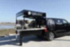 Gillardeau-Peugeot-Food-Truck-2.jpg