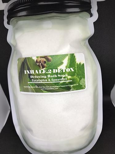 Eucalyptus & Spearmint Detoxing Bath Soak