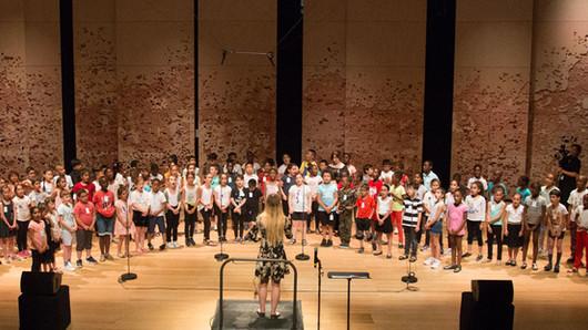 EVE : chanter ensemble pour une enfance épanouie