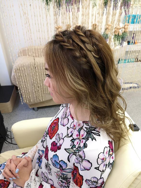 braids hairstyling