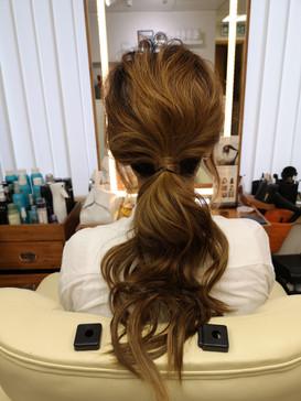 Basic low ponytail