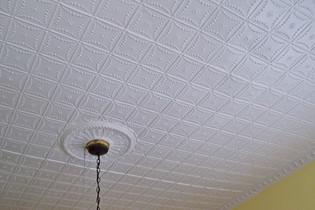 tin ceiling kitchen (0404).jpg