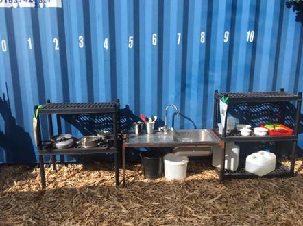 Mud kitchen 2.jpg