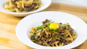 Stir-Fry Beef and Mushroom Japanese Yakiudon