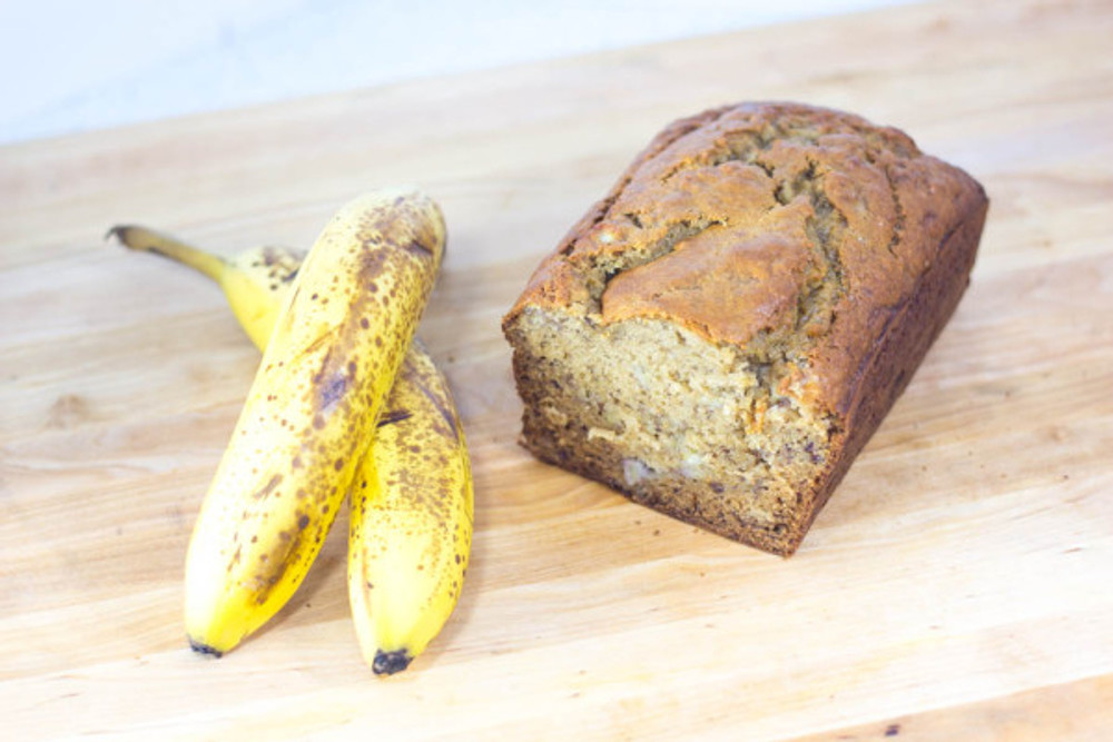 super-moist-banana-bread-recipe-32