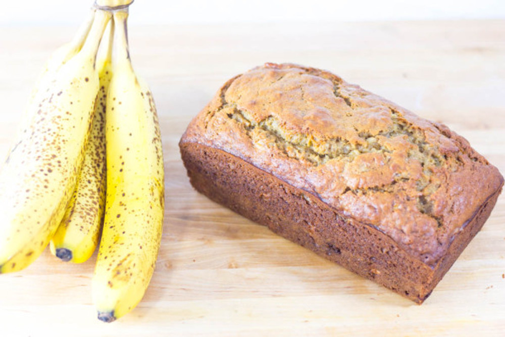 super-moist-banana-bread-recipe-31