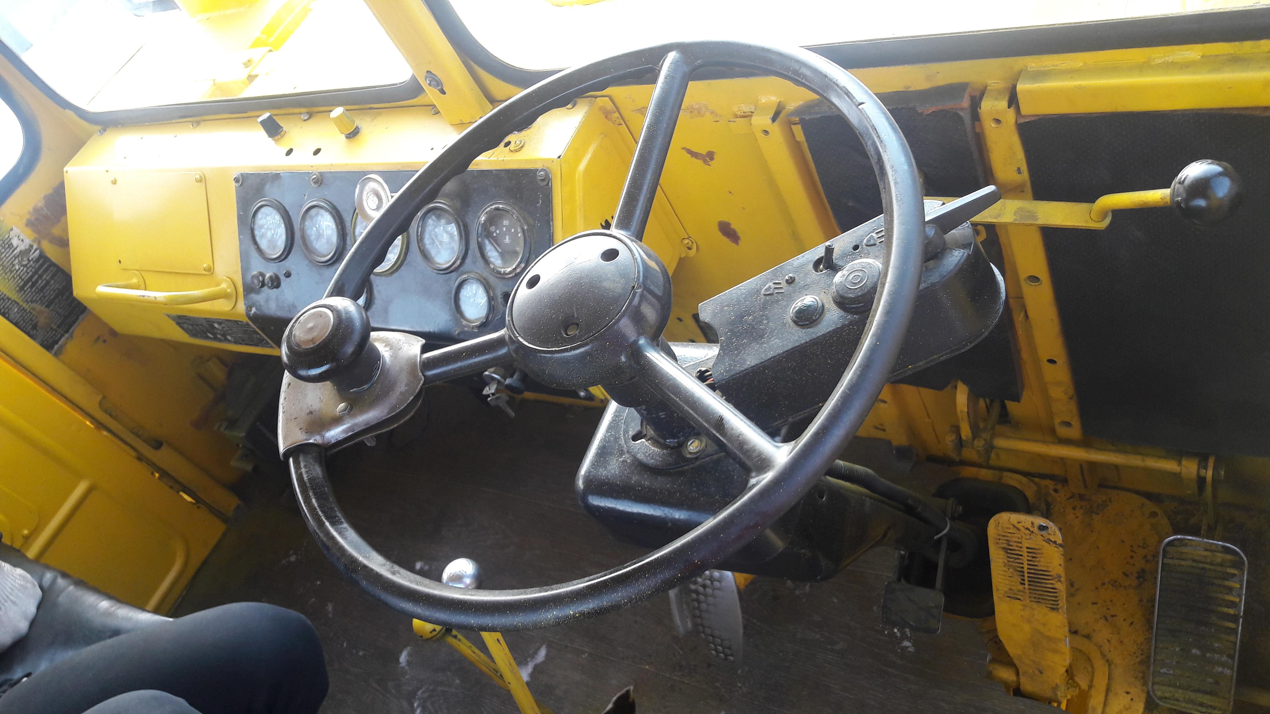 К-700 кабина1