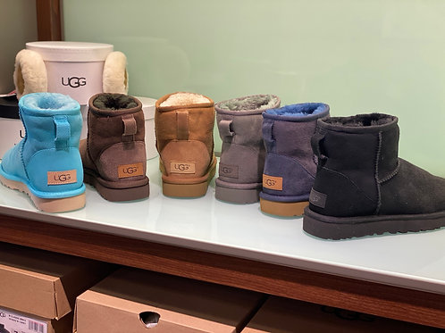 UGG SHORT CLASSIC  BOOT