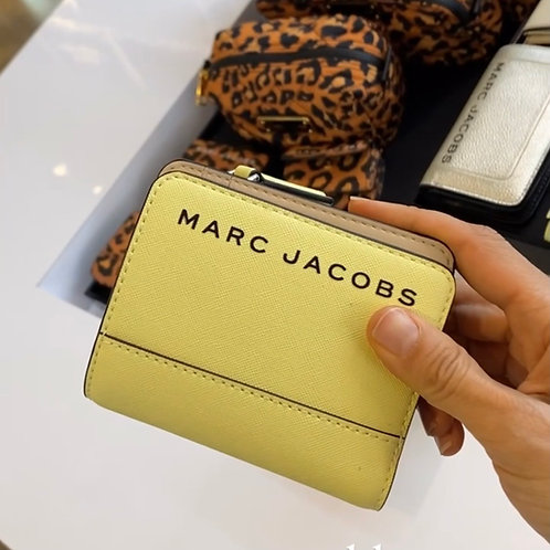 MARC JACOBS MD WALLET