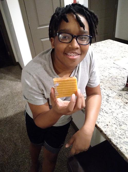 B2G Turmeric Soap w/ Honey