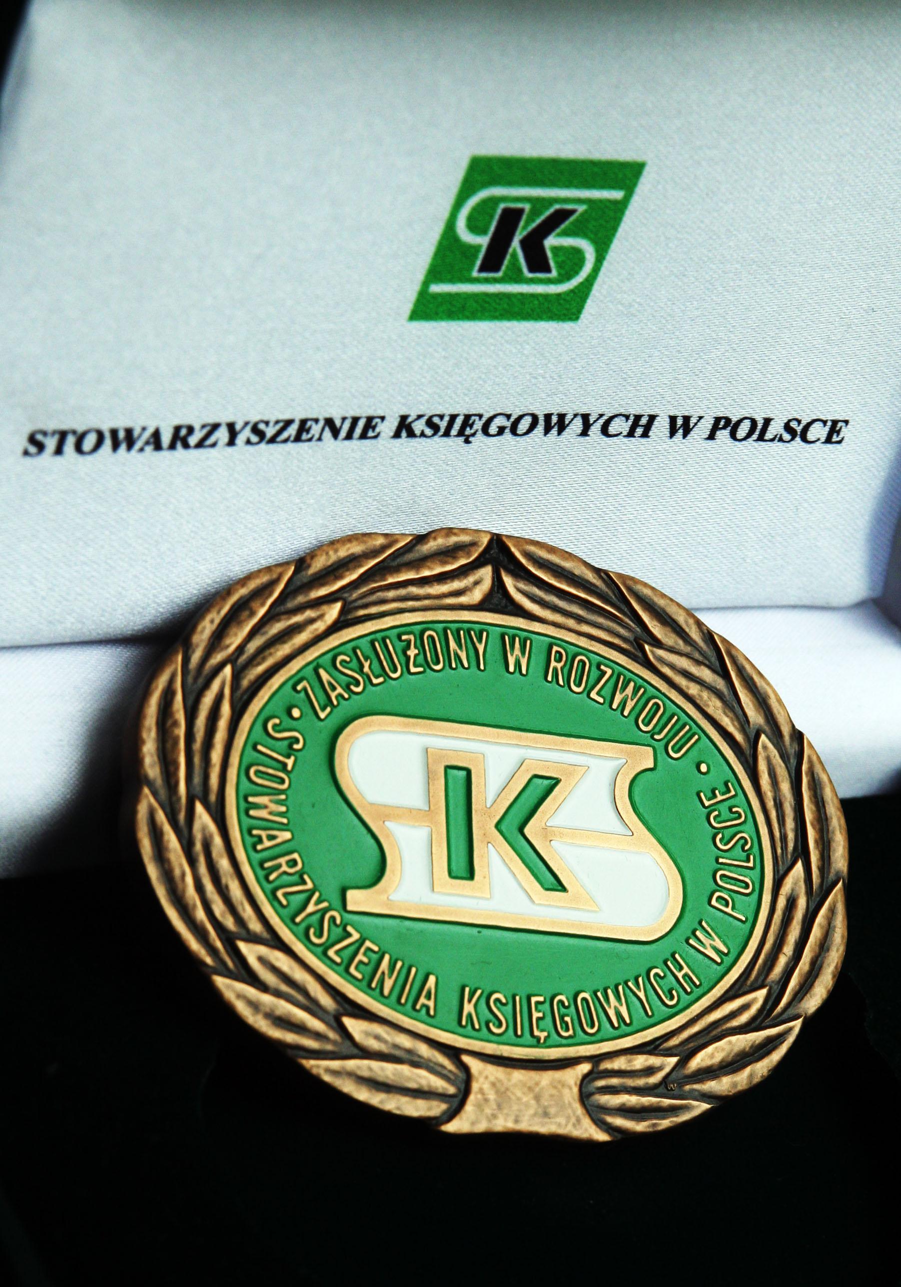 Złota odznaka SKWP
