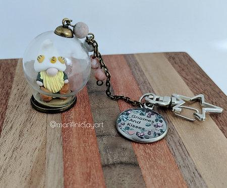 Bee Hat - Gnome Bubble Keychain