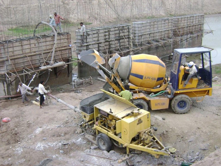 How to choose the right concrete mixer for your construction job in India?