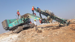 Skilled workers rotatory pilling rig