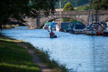 Rowing on River Dart, Totnes.jpg