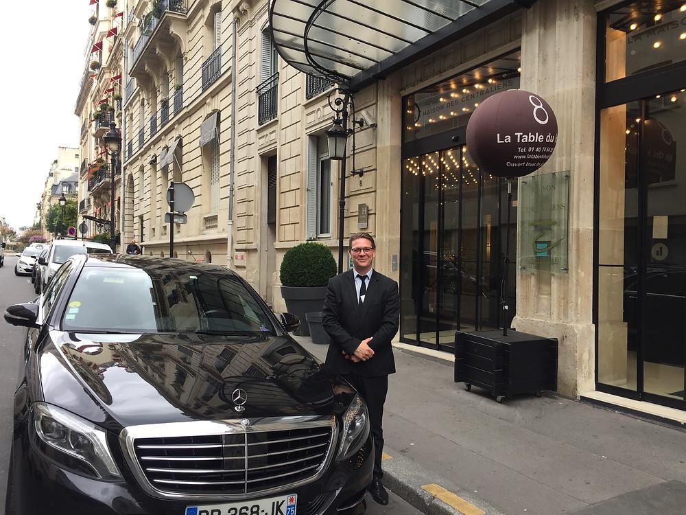 Queen of Clubs, Paris