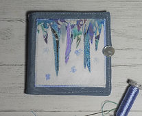 Icicles needle case