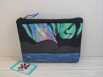 Northern Lights zipped bag