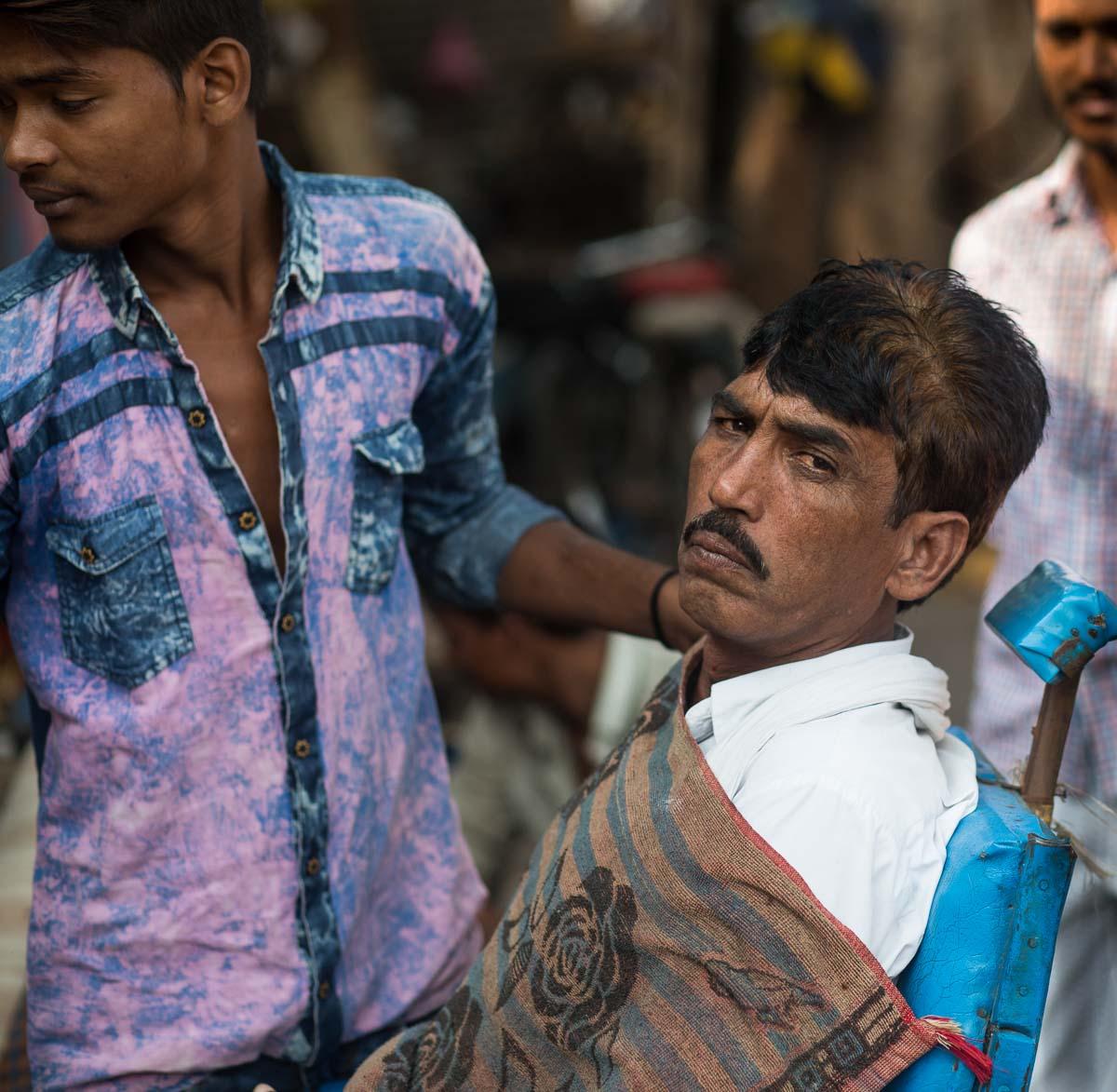 Street Barber Delhi