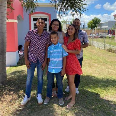 Family Navarro Sanabria