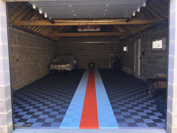 Garage pour voitures de collection