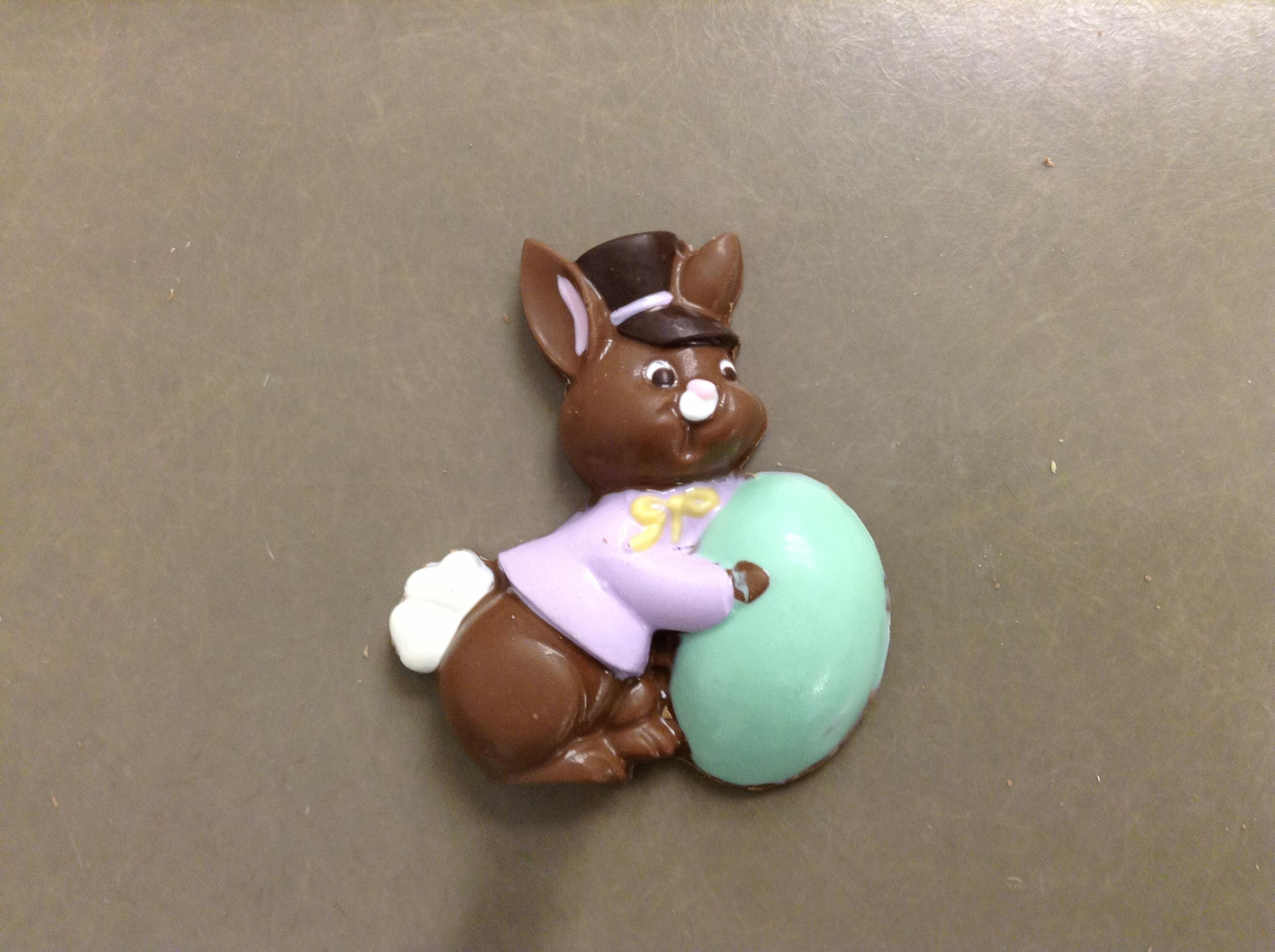 Bunny pushing Egg