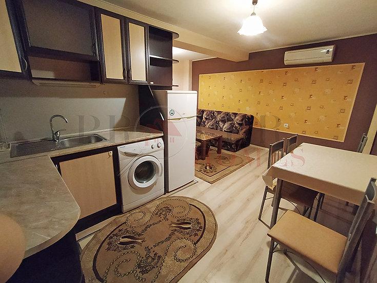 Уютен Двустаен Апартамент в ж.к. Колю Фичето под наем