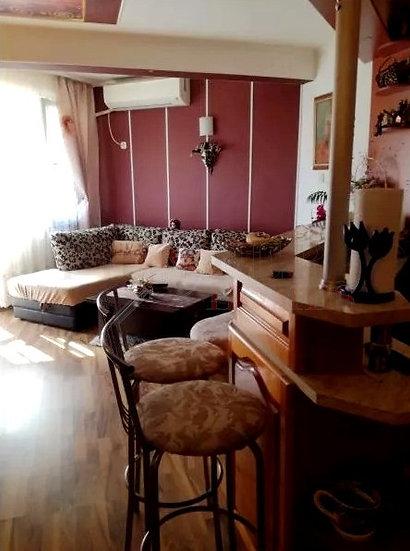 Обзаведен Апартамент с Две Спални за Продажба