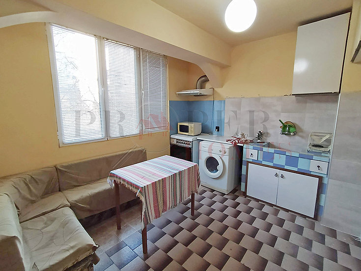 Двустаен Апартамент за Продажба в ж.к. Бузлуджа