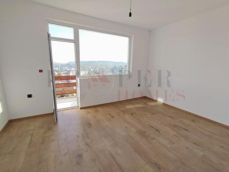 Панорамен Етаж от Къща в ж.к. Акация за Продажба
