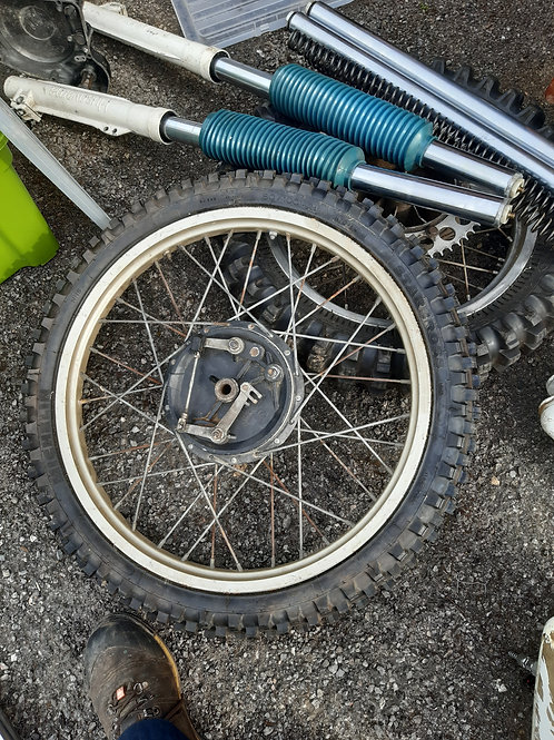 83 to 85 front wheel and tyre