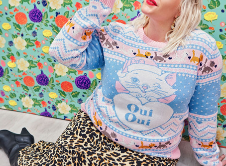 Holiday Gift Guide: Gifts for Crazy Cat Ladies!