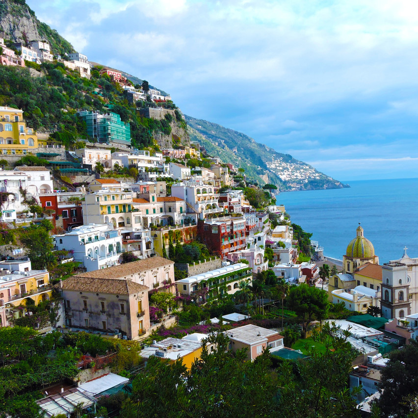 Blonde in the District_Positano