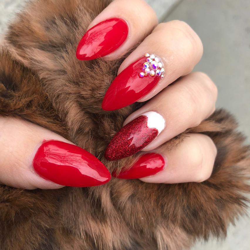 Ellada Studio Nails by Sabrina