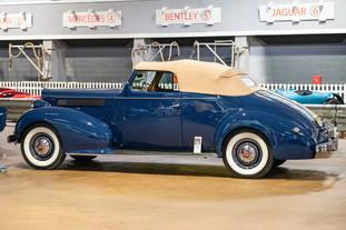 1939 Packard 120.jpg