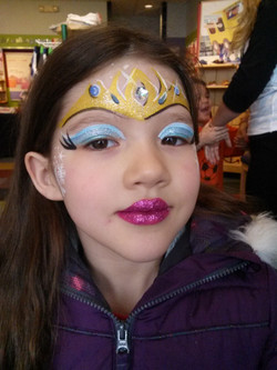 Elsa crown face paint