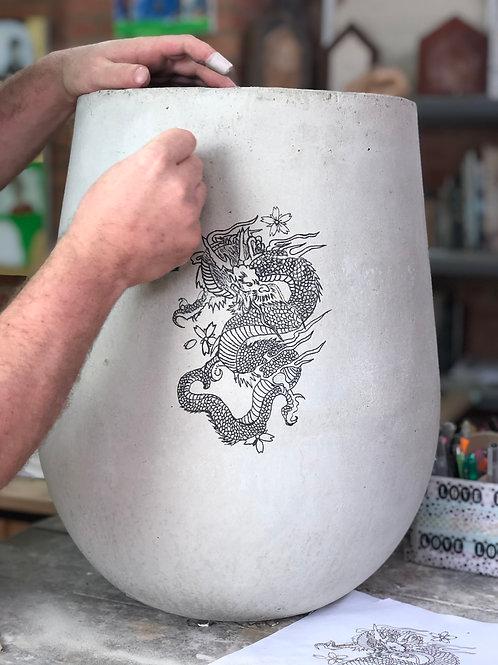 Matera en cemento 50 cms con tatuaje