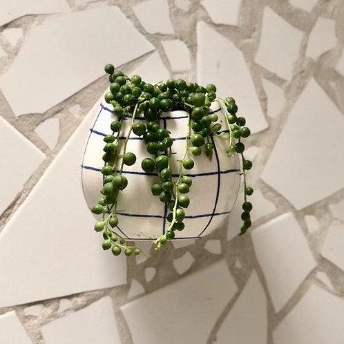 Gota colgante en ceramica pintada a mano