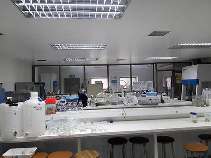 foto1 laboratorio.jpg