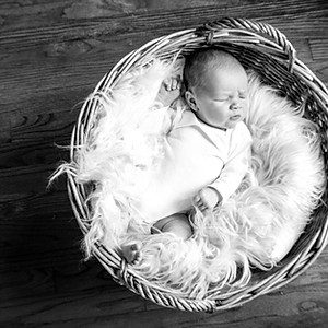 Lauzon Family Newborn