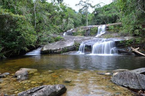 001.cachoeira pedra branca.jpg