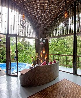 villa-pererepan-room-view-04-687x1030.jp