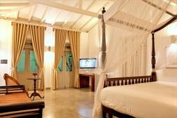 Plunge pool suites-era beach-101