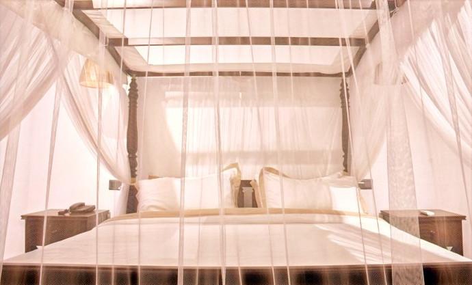 pool view suites 104 era beach.jpg