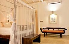 Plunge pool suites-era beach-104