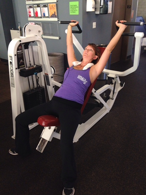 Shoulder Press (machine)