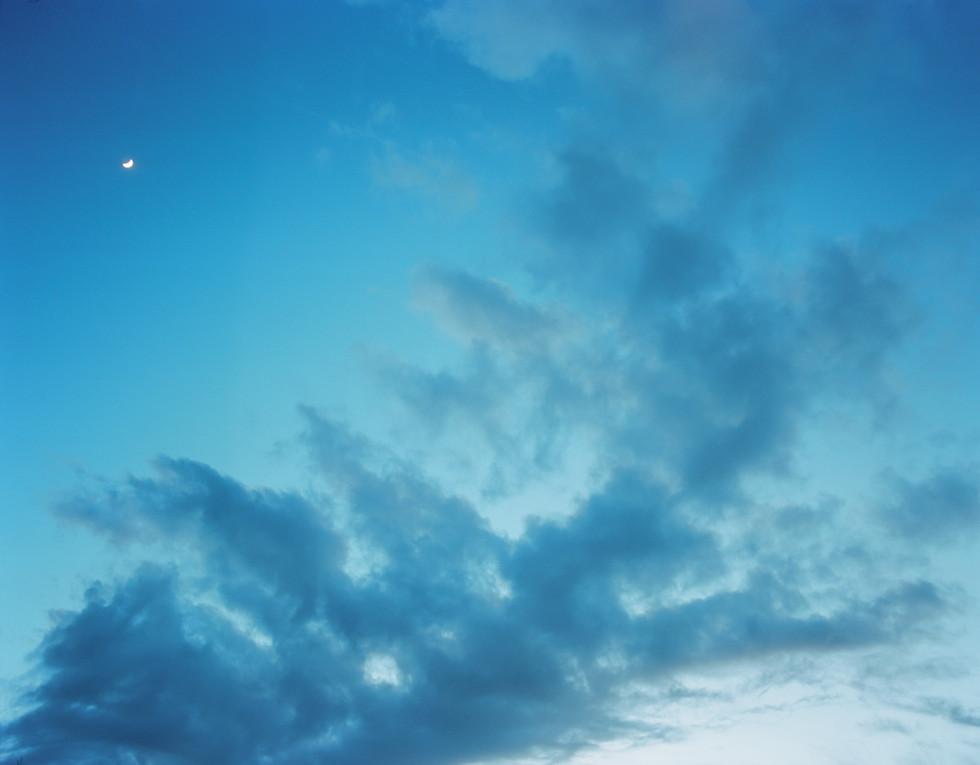 Il cielo, la luna e le nuvole
