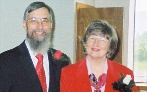 John & Debbie Butler at Christ's Food Center, Inc.